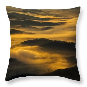 Wva Sunrise 2013 June II Throw Pillow