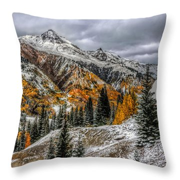 Throw Pillow featuring the photograph Yankee Girl Mine by Ken Smith