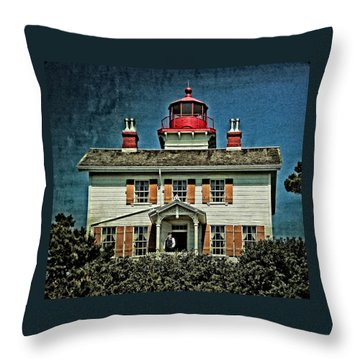 Yaquina Bay Lighthouse Throw Pillow
