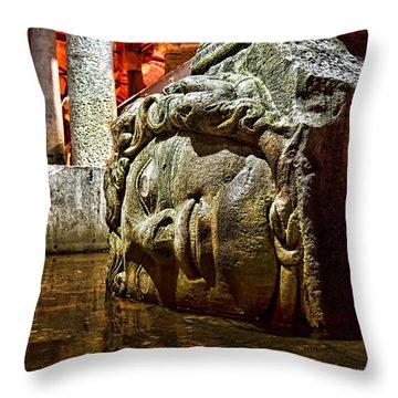 Yerebatan Sarnici / The Sunken Cistern Throw Pillow