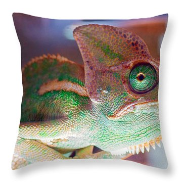 Yessssssss Yup I Concur Throw Pillow
