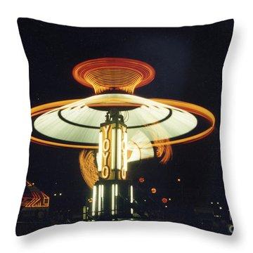 Yo-yo Carnival Ride Throw Pillow