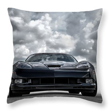 Z06 Throw Pillow