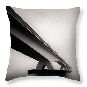 Zeelandbrug 2 Throw Pillow