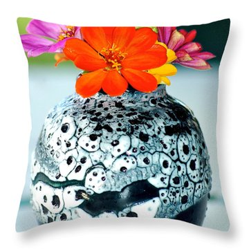 Throw Pillow featuring the photograph Zinnia In Vase by Lehua Pekelo-Stearns