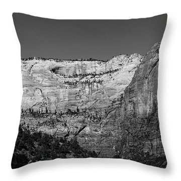 Zion Cliff And Arch B W Throw Pillow
