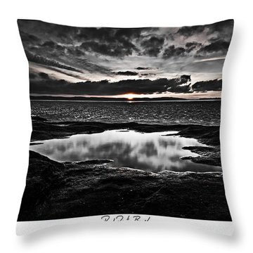 Red Rock Beach   Throw Pillow