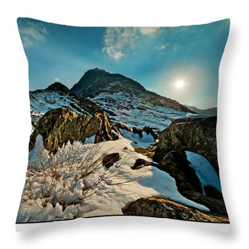 Spring Snows At Tryfan Throw Pillow