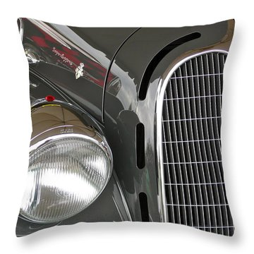 Throw Pillow featuring the photograph Alfa Romeo by Anna Ruzsan