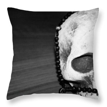 Skull 1 Throw Pillow