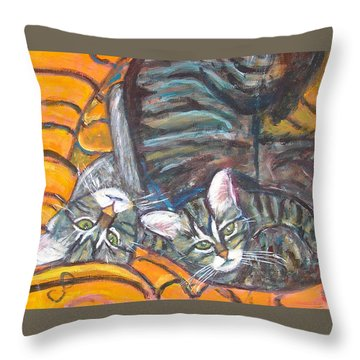Dos Gatos Throw Pillow by Carolyn Donnell