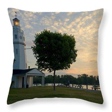 Kimberly Point Lighthouse Throw Pillow