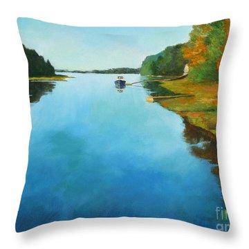 Little River Gloucester Throw Pillow