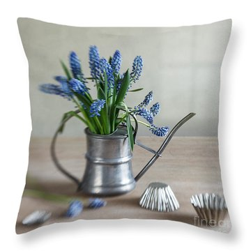 Spring Bulbs Throw Pillows