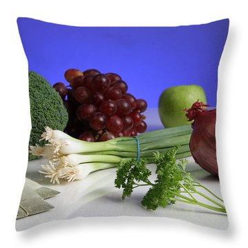 Foods Rich In Quercetin Throw Pillow