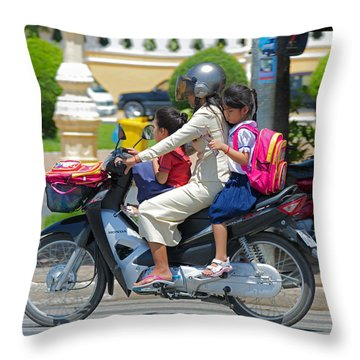 A Ride To School. Throw Pillow by David Freuthal