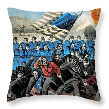 American Civil War, Battle Of Malvern Throw Pillow by Photo Researchers