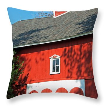 Amish Barn In Shadows Throw Pillow by Suzanne Gaff