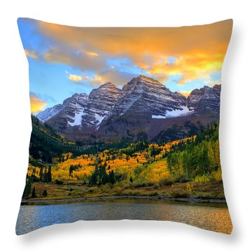 Approaching Sunset Throw Pillow