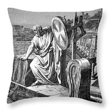 Archimedes Heat Ray, Siege Of Syracuse Throw Pillow by Science Source