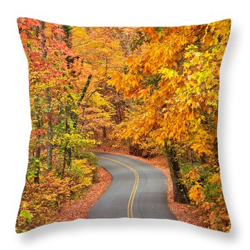 Autumn Drive Signal Mountain Throw Pillow