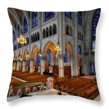 Basilica Of The Sacred Heart Throw Pillow by Susan Candelario