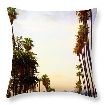 Beverly Hills In La Throw Pillow by Susanne Van Hulst