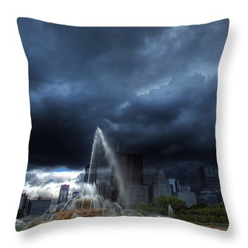 Buckingham Fountain Storm Throw Pillow