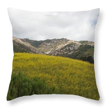 California Hillside View V Throw Pillow