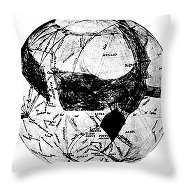 Canals Of Mars, Lowell, 1909 Throw Pillow by Science Source