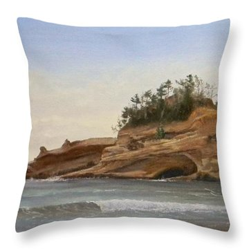 Cape Kiwanda Throw Pillow