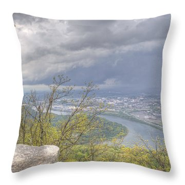 Chattanooga Valley Throw Pillow