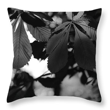 Chestnut Leaves Throw Pillow