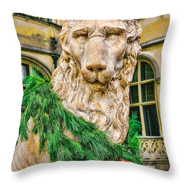 Christmas Lion At Biltmore Throw Pillow
