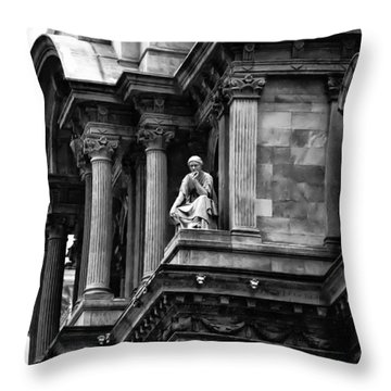 City Hall Edifice - Philadelphia Throw Pillow by Bill Cannon