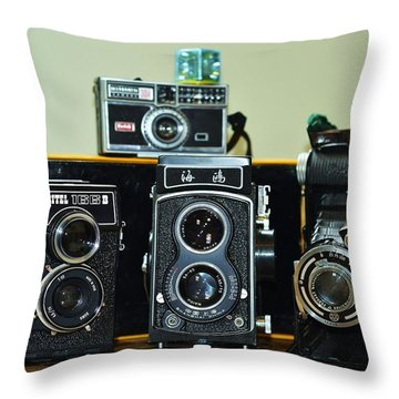Click Throw Pillow