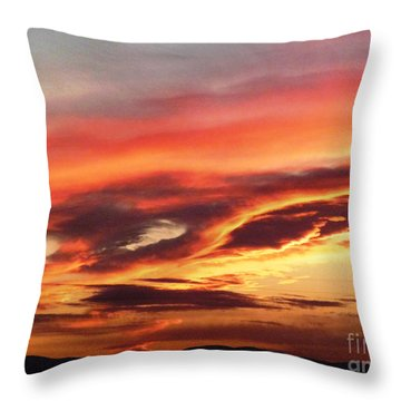 Cloud Face Throw Pillow