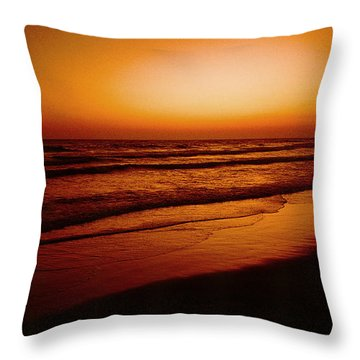 Corona Del Mar Throw Pillow