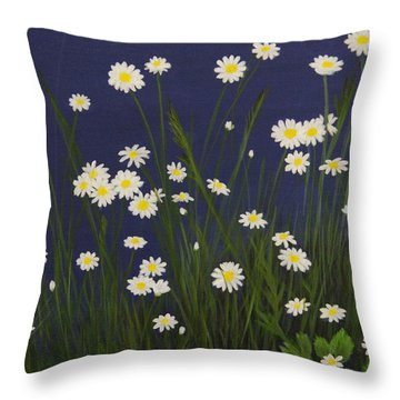 Daisy Field Throw Pillow