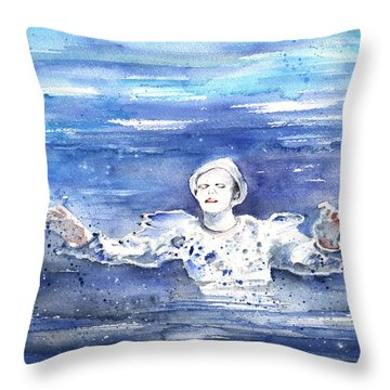 David Bowie In Ashes To Ashes Throw Pillow