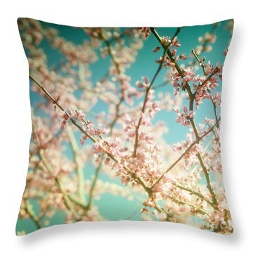 Daydream... Throw Pillow