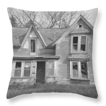 Throw Pillow featuring the photograph Defiance B/w by Bonfire Photography