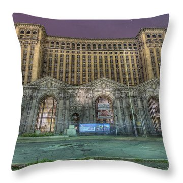 Detroit's Michigan Central Station - Michigan Central Depot Throw Pillow