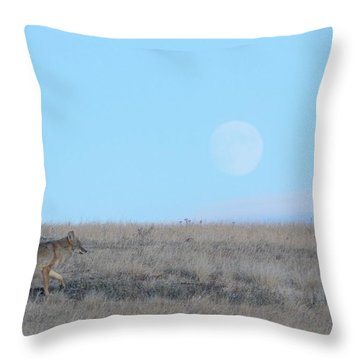 Early Hunt Throw Pillow