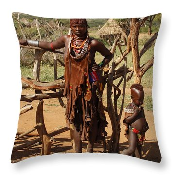 Ethiopia-south Mother And Baby No.2 Detail B Throw Pillow