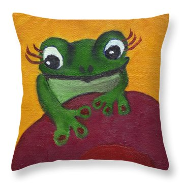 Fashionable Suzanna Throw Pillow