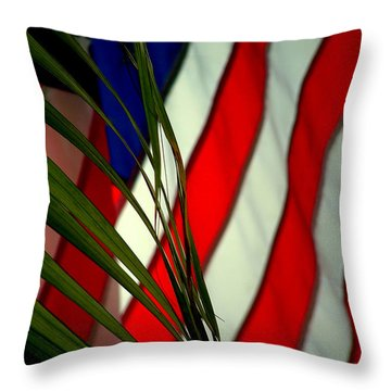 Floridamerica Throw Pillow