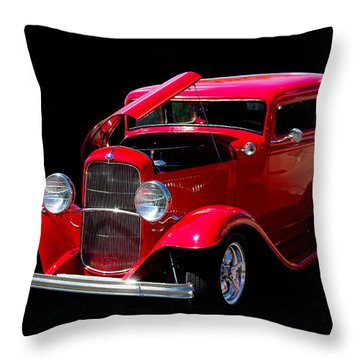Ford Vicky 1932 Throw Pillow
