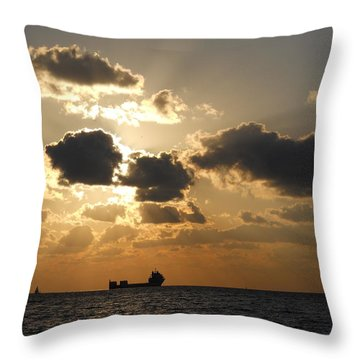 Throw Pillow featuring the photograph Fort Lauderdale Sunrise by Clara Sue Beym