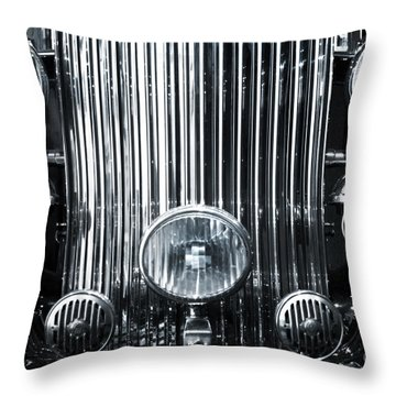 Front Grid Throw Pillow by Carlos Caetano